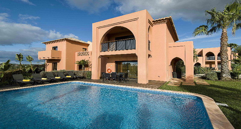 Amendoeira 4 bedroom villa golf break